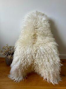 XXL Large Genuine Icelandic Sheepskin Sheep Rug Ivory Cream Real Long Curly Fur.
