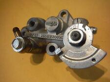 kawasaki  f8     new original  oil pump assembly  16082-028