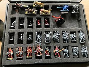 Warhammer 40k Large Hard Carry Case & 64 Detailed Citadel Miniatures