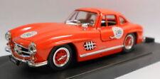 Voitures, camions et fourgons miniatures orange pour Mercedes 1:43