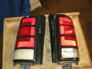 1991 - 95 dodge grand caravan tail light left hand and  right hand