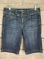 "CAbi #424 Blue Jeans Shorts 5 Pockets STRETCH Inseam 11"" EUC Women's Size 6"