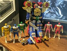 Power Rangers : Deluxe ZEO Megazord Action Figure + Red Battle Zord + Figures