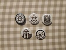 5 x Aleister Crowley buttons (badges, pins, occult, thelema, pentacle, tees)