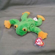Ty Beanie Baby Smoochy the Frog  DOB 10-1-97  PVC 1997  MWMT Retired