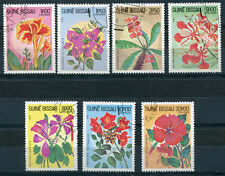 LOT SERIE  TIMBRES  GUINEE  BISSAU   1983   THEME FLEURS
