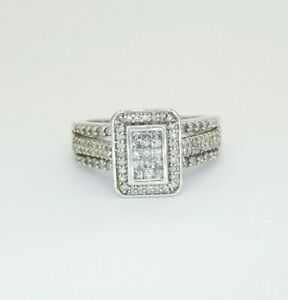 Ladies 10ct (417, 10K) White Gold Natural (0.50ct) Diamond Dress Ring