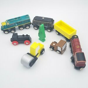 Train Lot Mixed Wooden Magnetic Railroad Truck Maxim Toys R Us Toy Desk Display