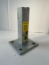 Bodenplatte, Fussplatte für Zaunpfosten 40 x 40 mm feuerverzinkt Doppelstabmatte
