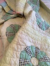Vintage Quilt Grandmothers Flower Garden Quilt Pastel