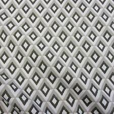 Stoff Meterware Baumwolle Raute grau weiß schwarz retro Kleiderstoff Dekostoff