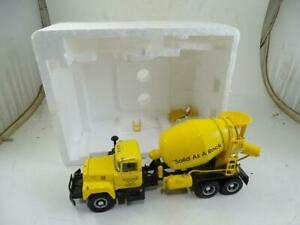 "Vintage Mack Cement Mixer Truck Scale Model Diecast 1997 First Gear Toy 10"" Long"