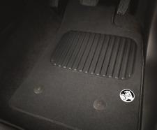 GENUINE GM HOLDEN COLORADO FRONT CARPET FLOOR MAT *SET OF 2* LS LT LTZ Z71