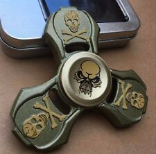Skull zinc metal triple finger hand spinner fidget spinning toy steel bearing