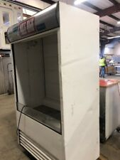 True tac-48 Open Display Refrigerator Beverage Cooler