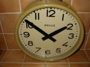 horloge pendule brillié gare atelier garage