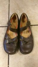 Clarks' Structured Brown Mary Janes Size 9M