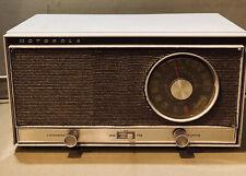 Bt16Bn Vintage Motorola Counter Am/Fm Tube Radio Testes Works Great, Clean