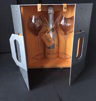Veuve Clicquot Rich Traveller Set Champagner 0,75l 12% Vol + 2 Rich Acryl Gläser