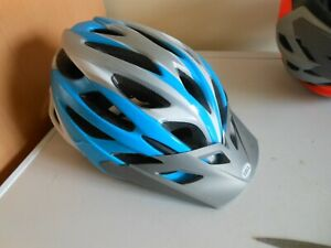 BELL DART YOUTH/ADULT BICYCLE HELMET-REAR REFLECTOR-CUSTOM FIT-SUN PEAK-21 VENTS