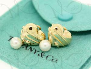 Vintage Tiffany&Co 18K Yellow Gold Heart Arrow Cupid Pearl Drop Clip-On Earrings