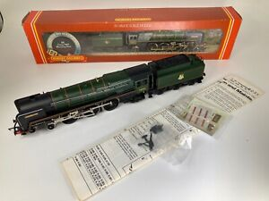 Hornby R033 MorningStar Class 7MT No. 70021 'Morning Star' in BR Green
