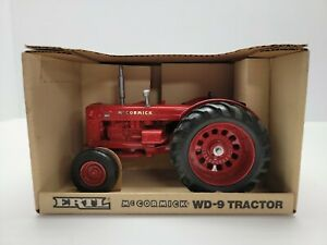 ERTL McCormick WD-9 Tractor Red 1989 633-10 Brand New 1988
