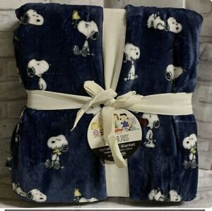 "Berkshire Soft Full / Queen Blanket Peanuts Snoopy Woodstock Blue 90"" X 90"""