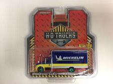 Greenlight 1:64 Heavy Duty Trucks 2013 Intl Durastar Michelin Man GREEN MACHINE