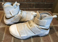 Nike Zoom LeBron Soldier 10 Mens 10.5 Basketball Shoes
