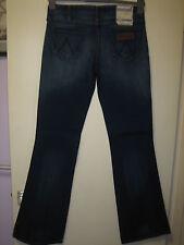 52 )  ( NEW ) WOMENS  WRANGLER BOOTCUT BLUE  JEANS  ZIP FLY  SIZE 8 uk   LEG 34