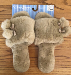 "DEARFOAMS ""Latte"" Tan Plush Pom Pom Scuff Slippers XL 9.5-10.5 Wide NEW"