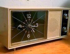Vintage Precor Solid State Alarm Clock Table Radio P71212