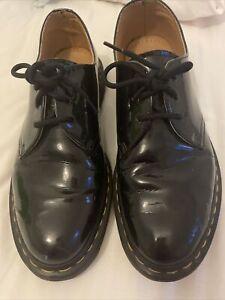 Mens Dr Martens Airwair Shoes Size 9uk