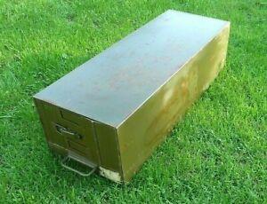 Blech- Kiste, Lagerkiste, oliv, BW, Maße: 76x 28x 22 (LxBxH)