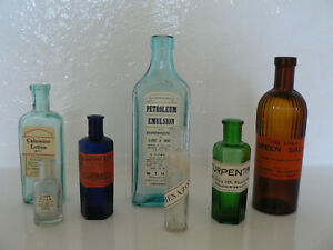 7 Different Vintage Coloured Glass Apothecary Bottles (11)