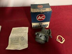 NOS 1958-1965 CHEVROLET 283 327 CORVETTE FUEL PUMP AC4657 5621665 GM 58-65