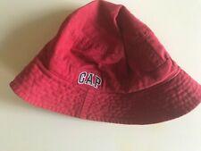 boys/girls red Gap summer cotton hat, size S/P