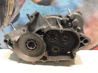 2000 KTM EXC 300 RIGHT ENGINE CASE  00 EXC300