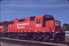 CANADIAN PACIFIC RAILROAD GP38-2 3024 ORIGINAL SLIDE