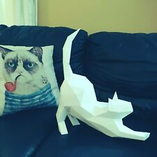 3D paper model papercraft template. Built this 3D model like a puzzle. KITTY CAT