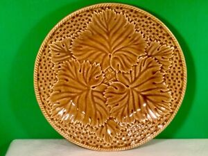 French Majolica Leaves on Basketweave Plate