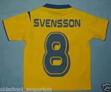 SWEDEN / 2005-2006 Home - SVENSSON #8 - UMBRO - JUNIOR Shirt / Jersey. 90-100 cm