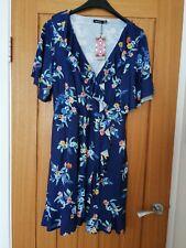 New Ladies Boohoo dress size 22