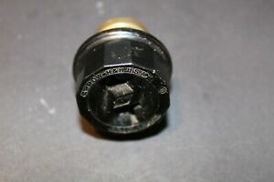 VINTAGE ARROW- H.& H. Screw In Socket Plug Adapter 660W.250V. U.S.A.  1