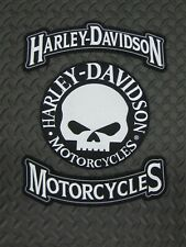 Harley Davidson Motorcycles & Willy G Skull Rocker Set