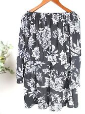 RIPCURL Ladies - Size 8- Black & White Off The Shoulder Long Sleeve Floral Dress