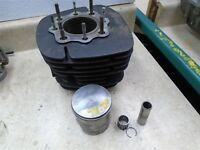 Honda 250 CR ELSINORE CR250M CR250-M1 Engine Cylinder Piston 70.50mm 1975 HB419
