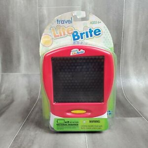 Lite Brite Travel  NEW 2006 Red Handheld 120 Pegs recommended for 4+