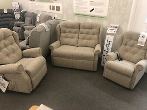 Brand New Celebrity Woburn Suite (Free UK Delivery)